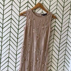 Shift dress colour nude